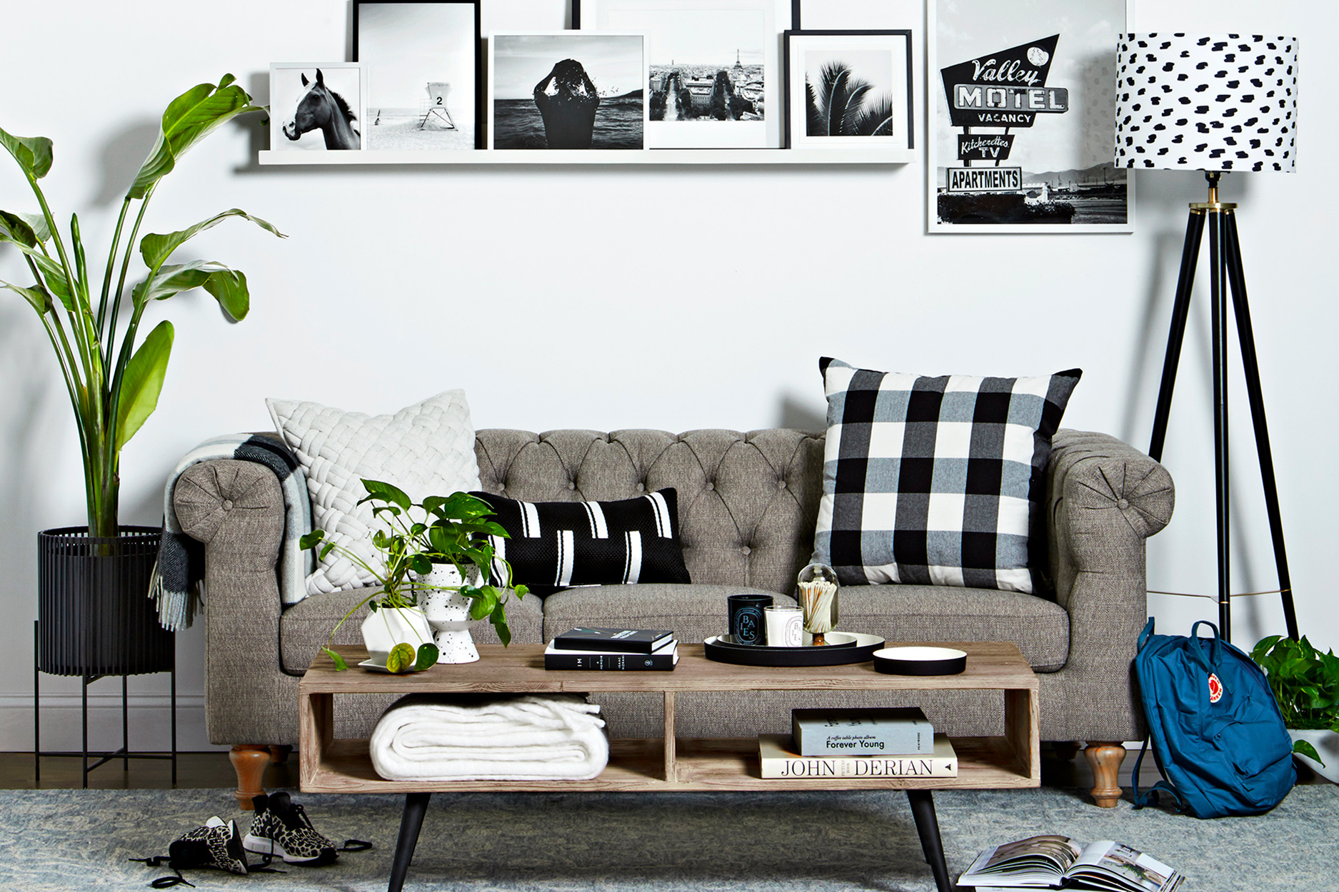 How to Update Your Living Room Without Spending a Fortune