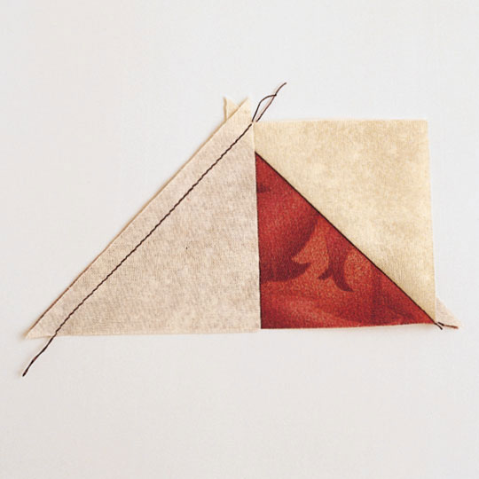 Method 2: Using One Large Triangle of One Fabric and Two Small Triangles of a Contrasting Fabric