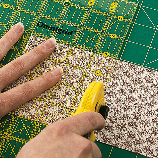 Cutting Half-Square Triangles (right-handed)