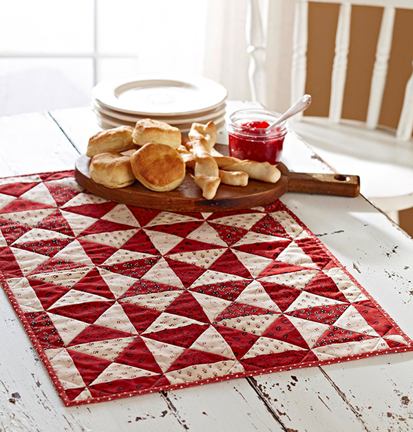 Two-Color Table Mat