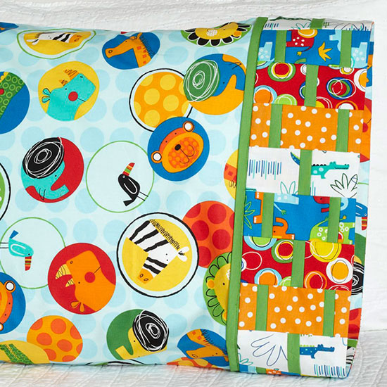Robert Kaufman Fabrics - Pattern 39