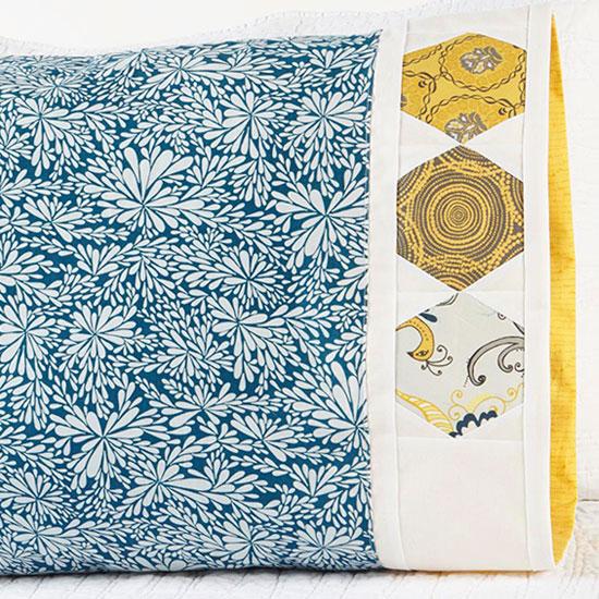Robert Kaufman Fabrics - Pattern 41