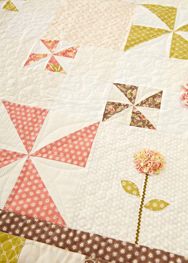 Breezy Blooms Machine-Quilting Details