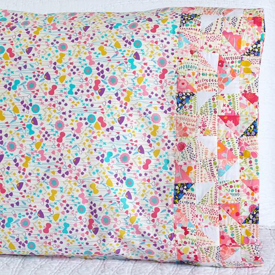 Robert Kaufman Fabrics - Pattern 48