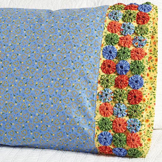 Paintbrush Studio - Pillowcase 55 Yo-Yo Band