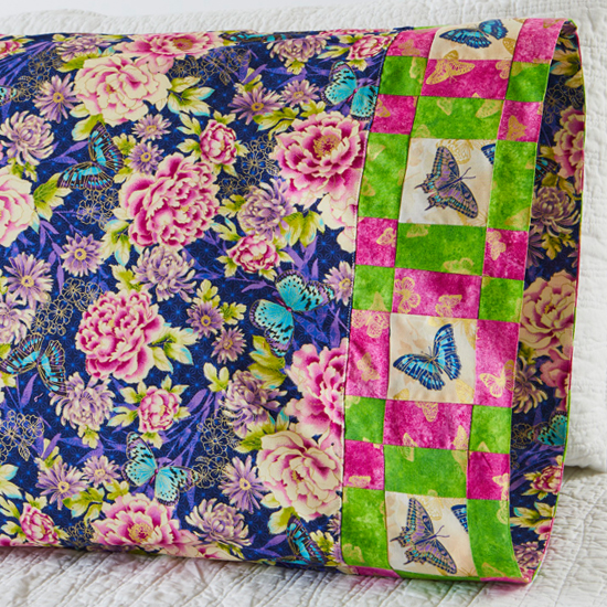 Paintbrush Studio - Pillowcase 64 Plaid Band