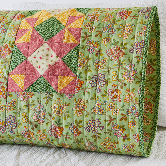 Quilting Treasures - Pillowcase 65 Reversible Sham