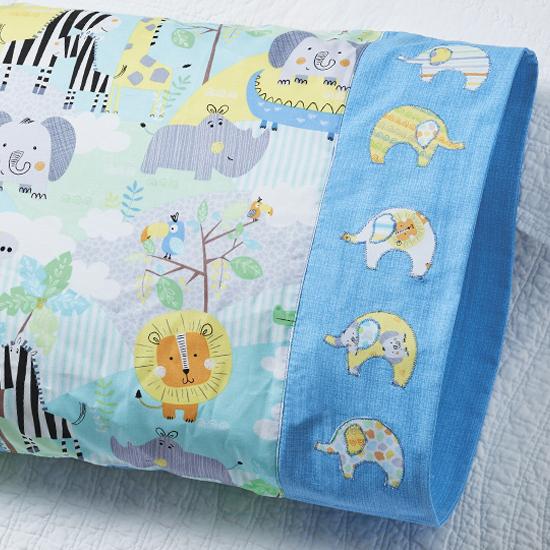 Benartex - Pillowcase 75: Elephant Band