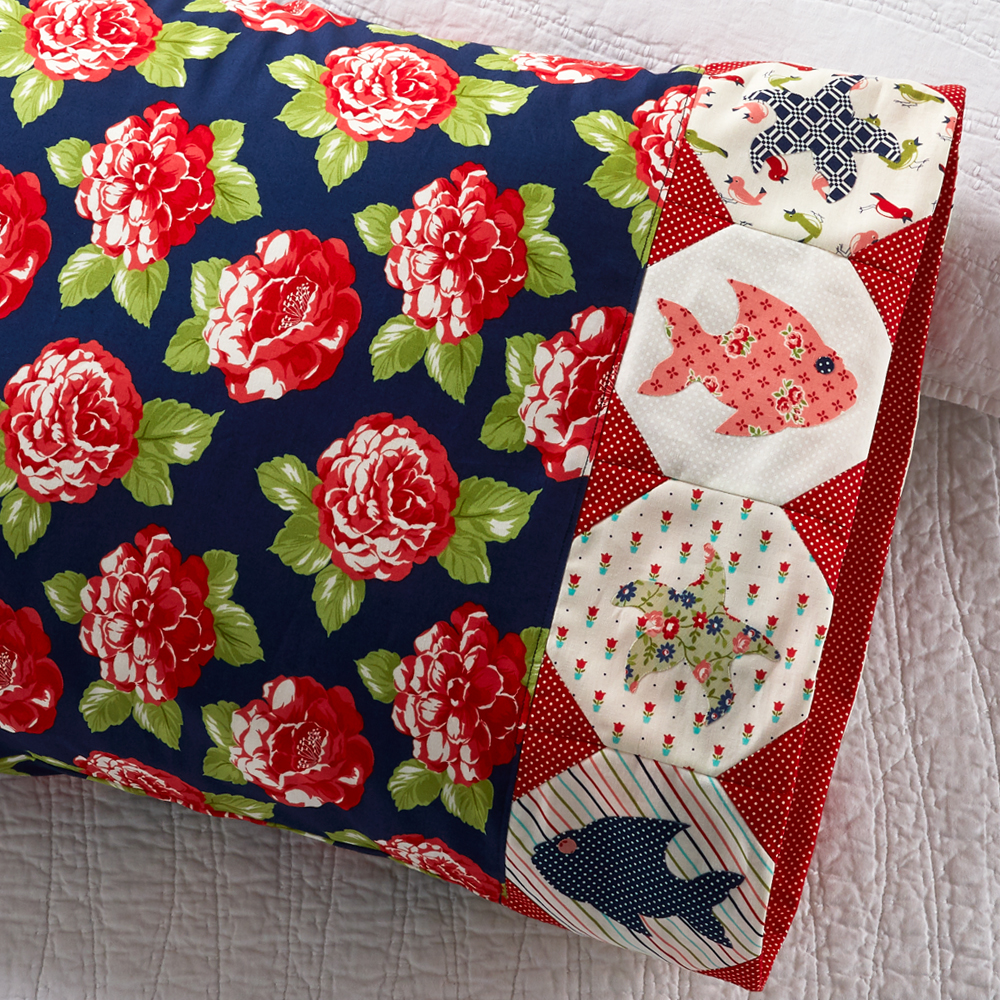 Moda Fabrics - Pillowcase 85: Fish Appliqué