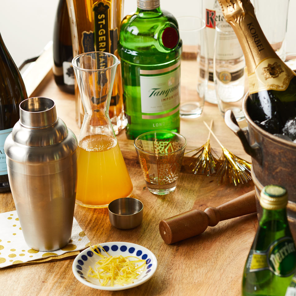 How To Make an Epic DIY Champagne Cocktail Bar