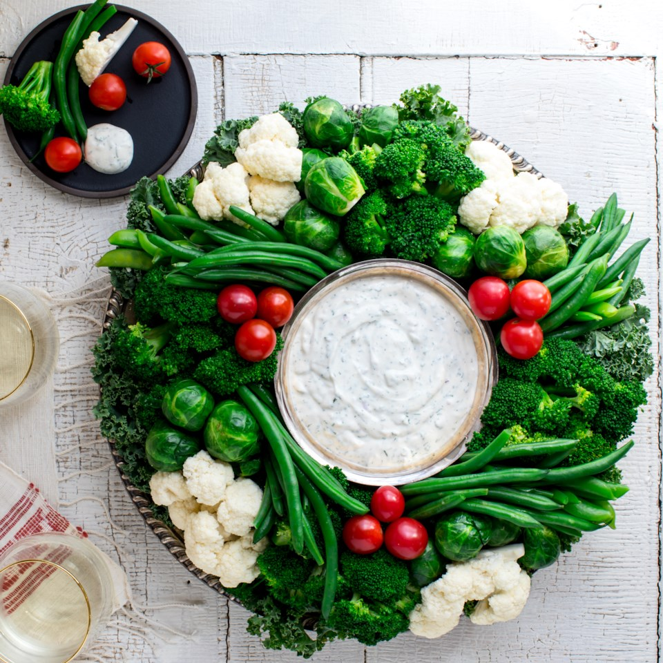 Holiday Crudité Wreath