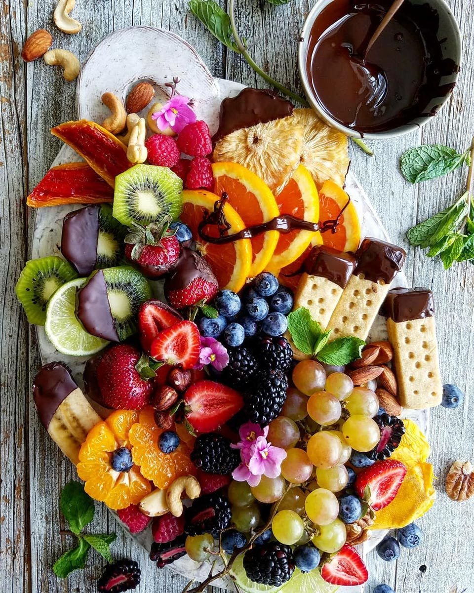 How to Make an Appetizer Board
