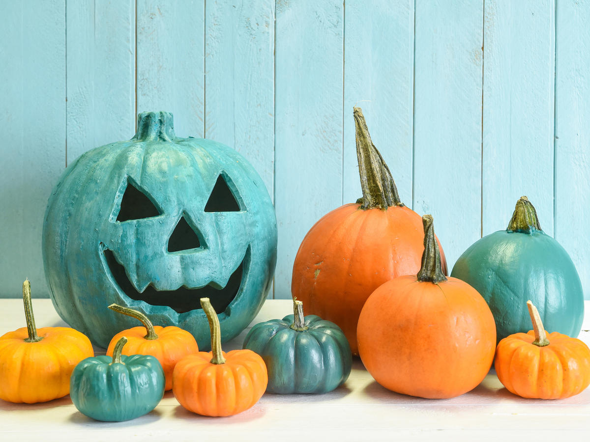 Food Allergies? Here's What to Look for While Trick or Treating This Halloween