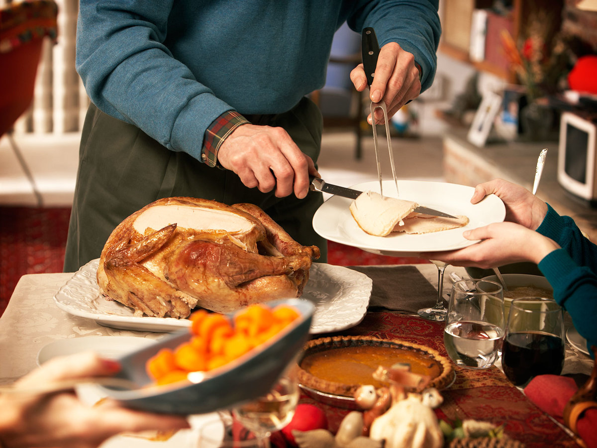 Bobby Flay Has a Genius Solution for Keeping Thanksgiving Dinner Warm
