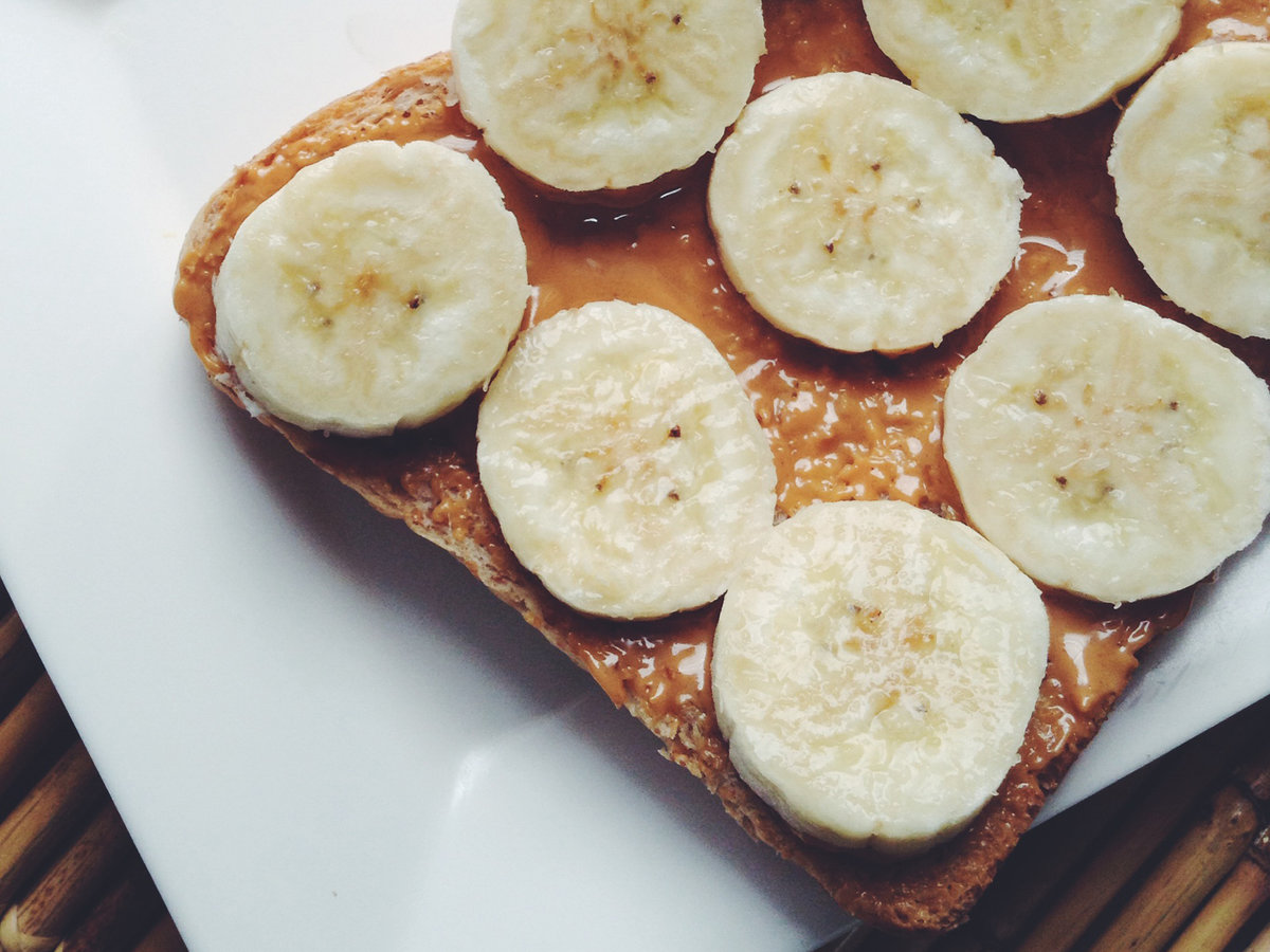 bananas and peanut butter on toast