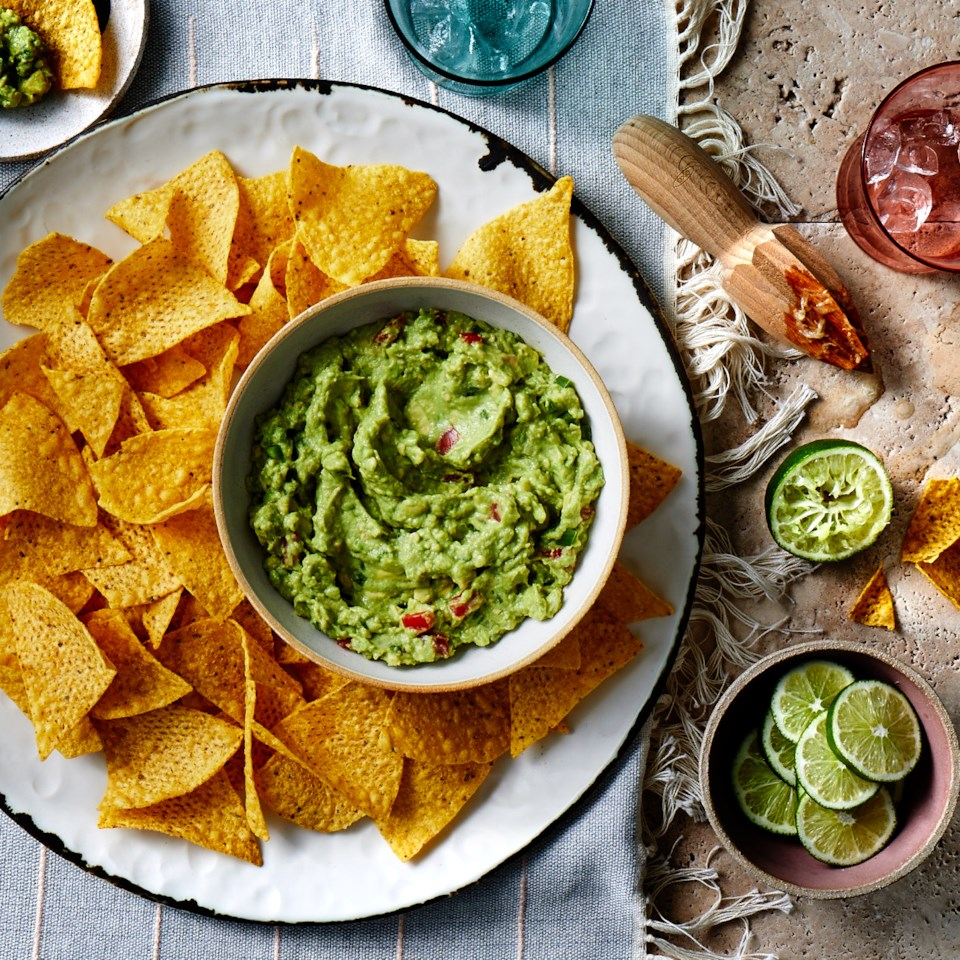 How to Make Guacamole: Tips and Easy Recipes