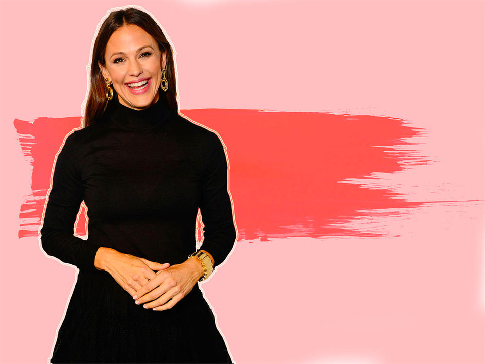 Jennifer Garner against a pink background
