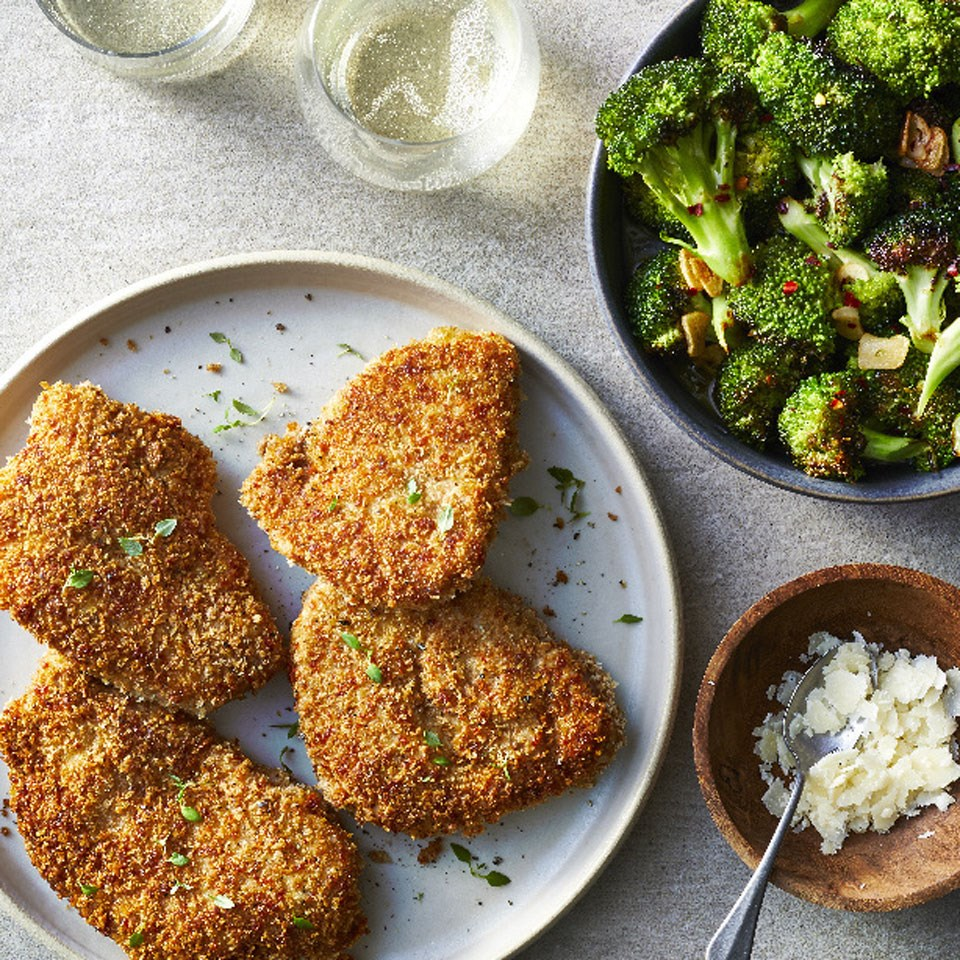 Pork Chops with Garlicky Broccoli