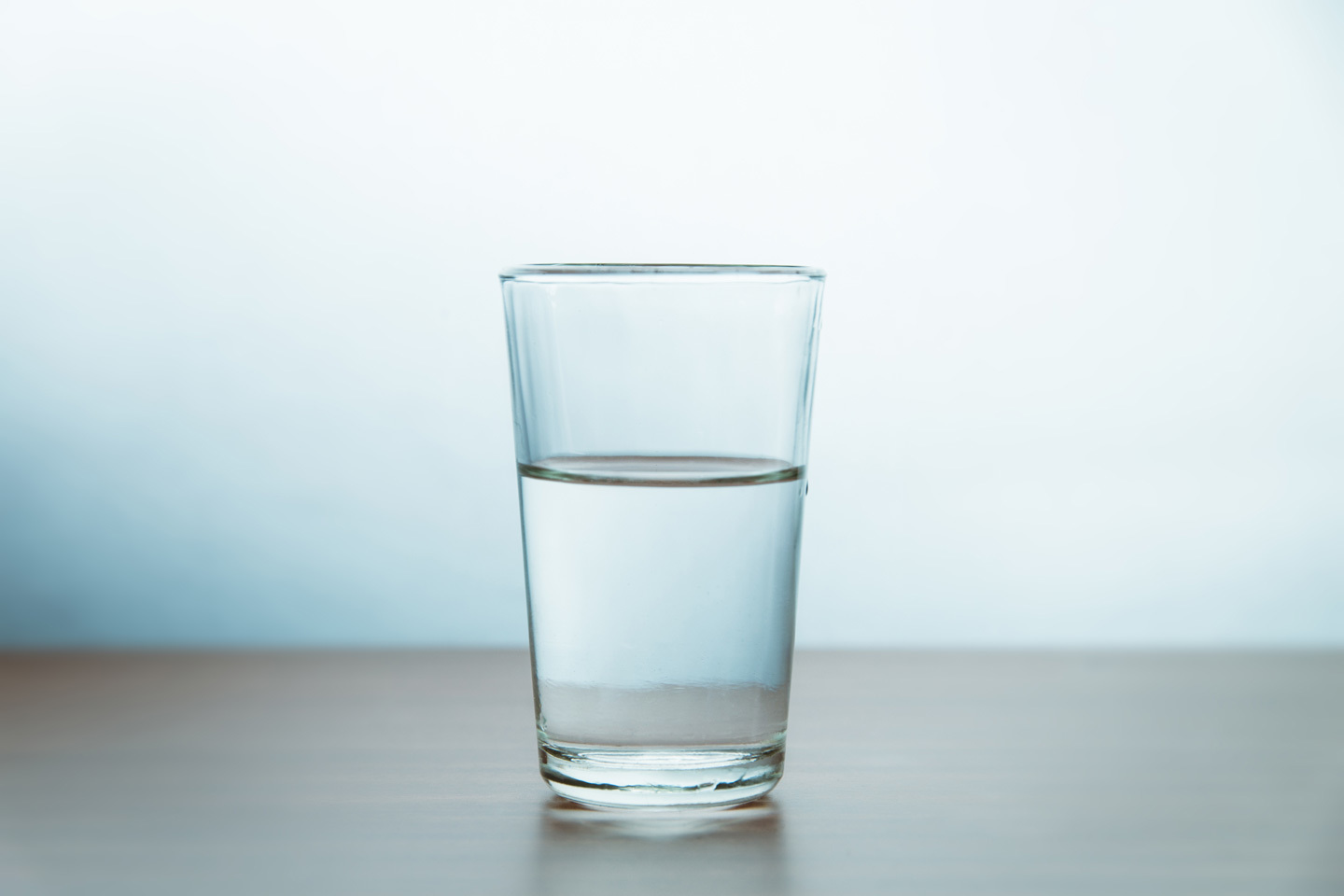 10 Dangerous Side Effects of Not Drinking Enough Water