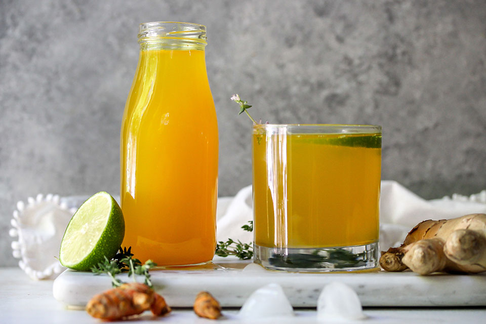 How to Make Your Own Anti-Inflammatory Tonic