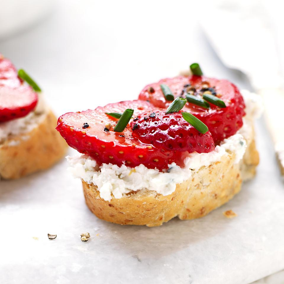 Low-Calorie Recipes for Strawberries