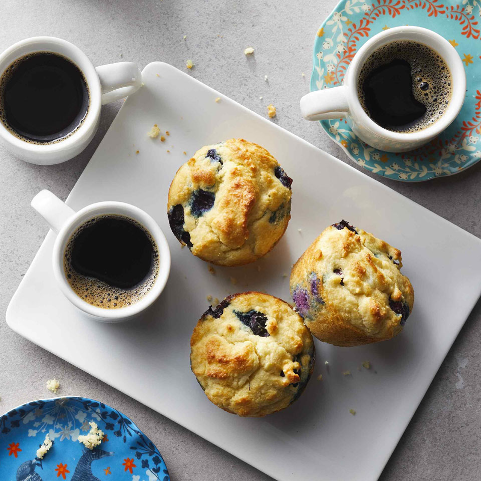 Low-Carb Blueberry Muffins