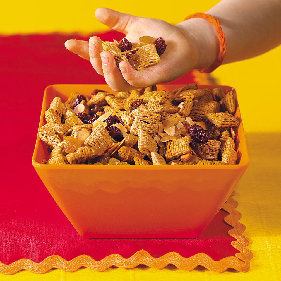 Oat and Nut Crunch Mix