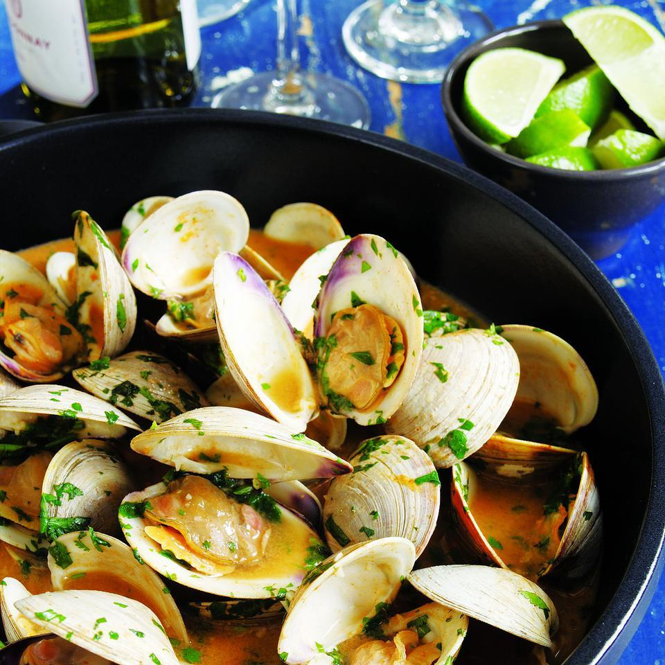 Red Curry Clams
