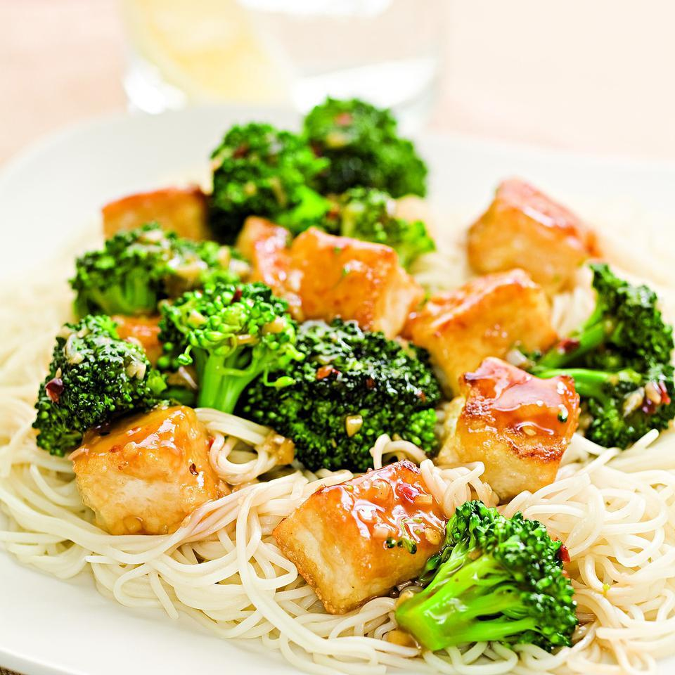 Tofu & Broccoli Stir-Fry