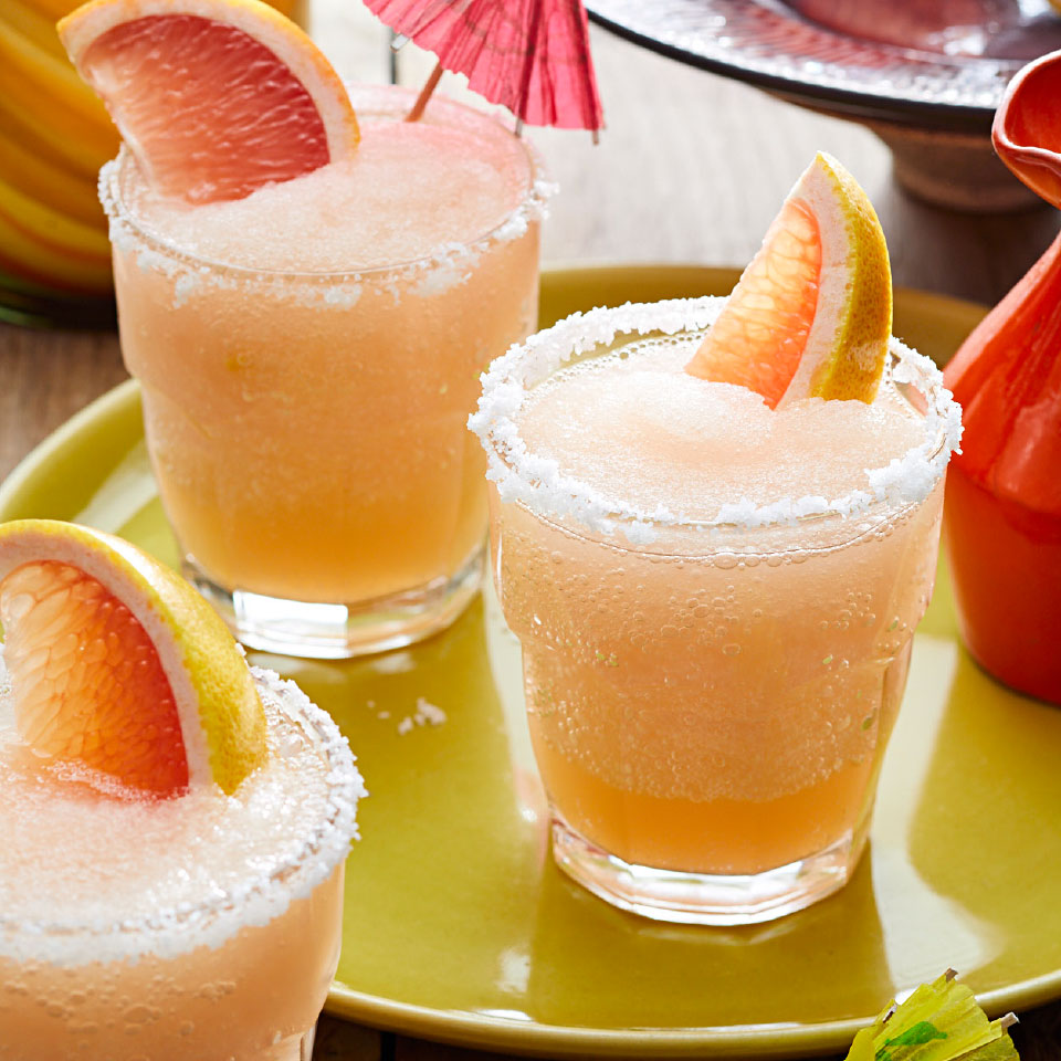Healthy Frozen Drink Recipes We Can't Wait To Make This Summer