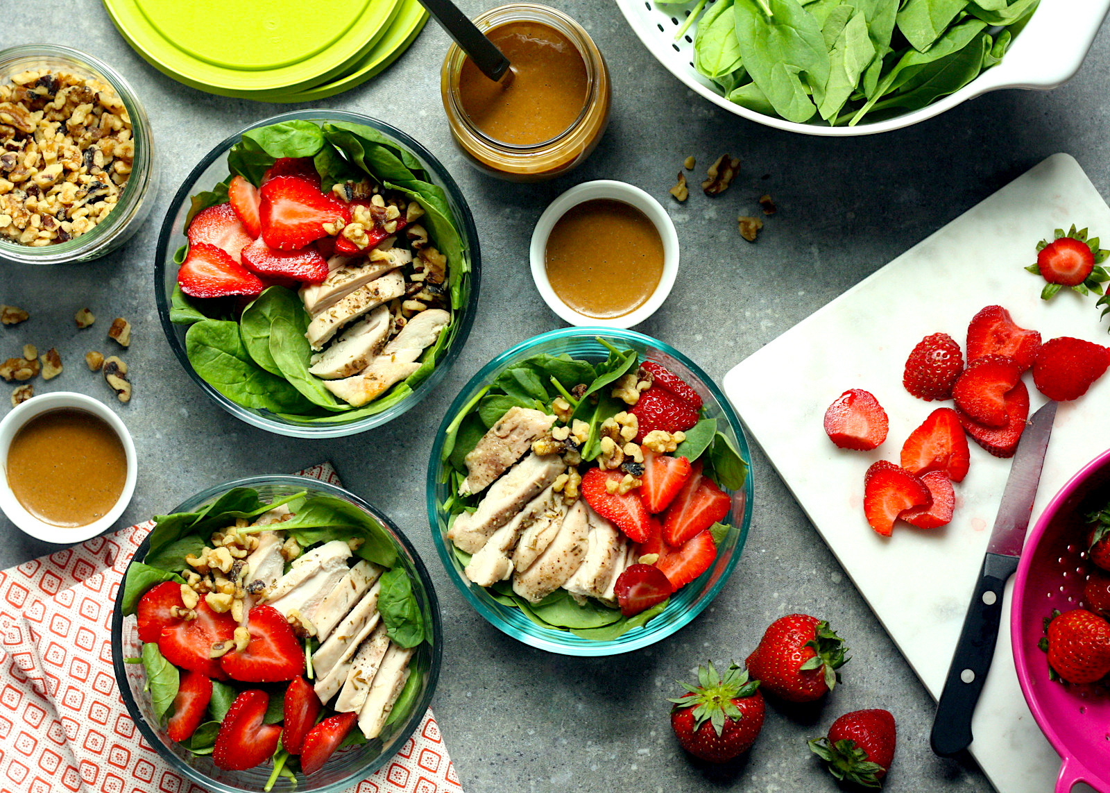 strawberry spinach salad lunch bowls