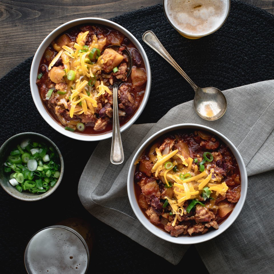Slow Cooker Turkey Chili in bowls