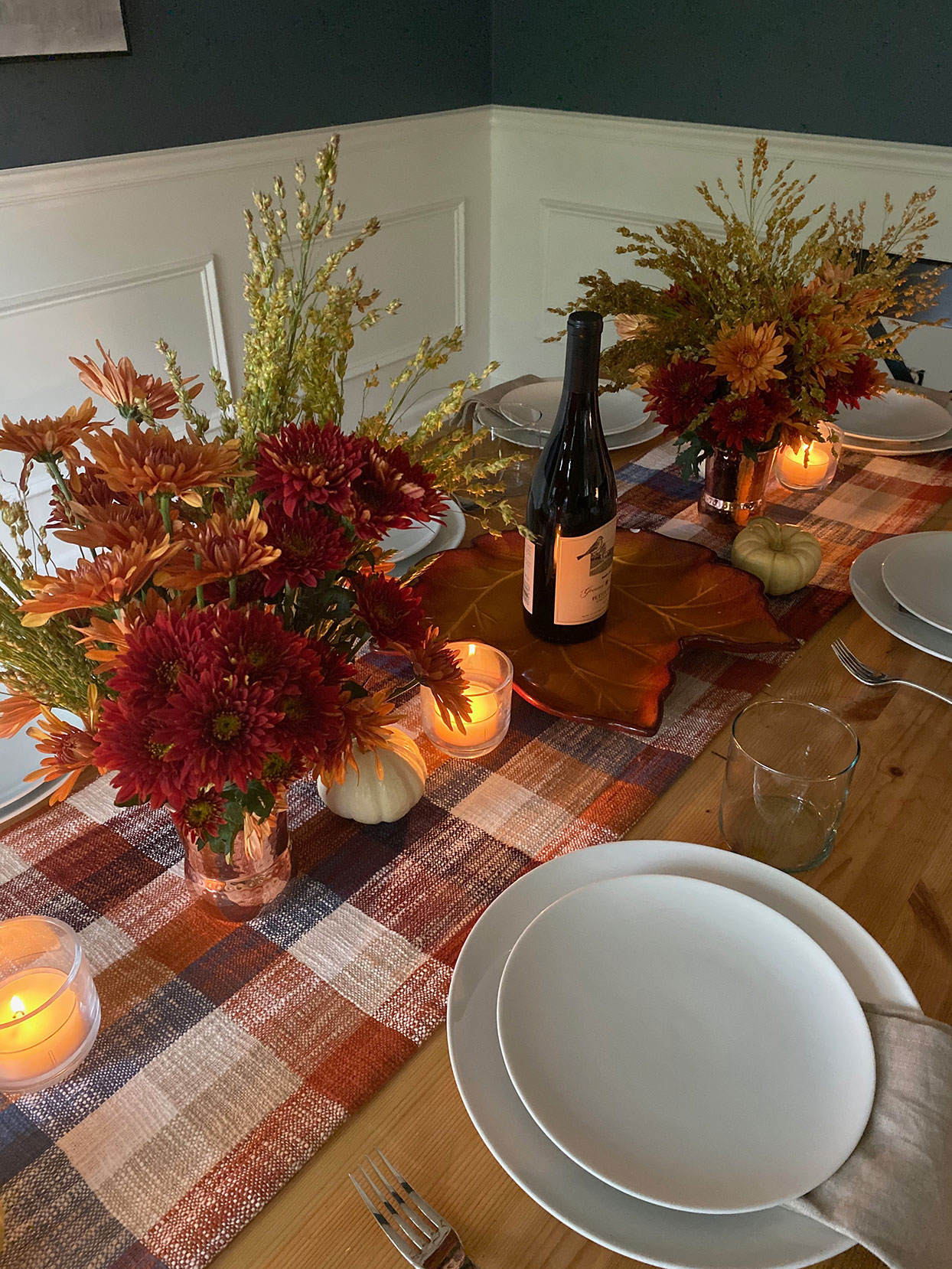 set table decorated for thanksgiving