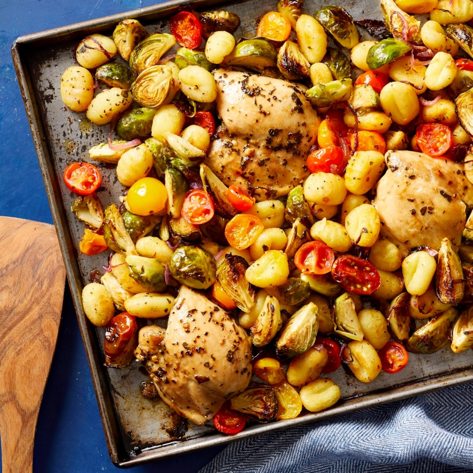 sheet-pan-chicken-gnocchi-vegetables