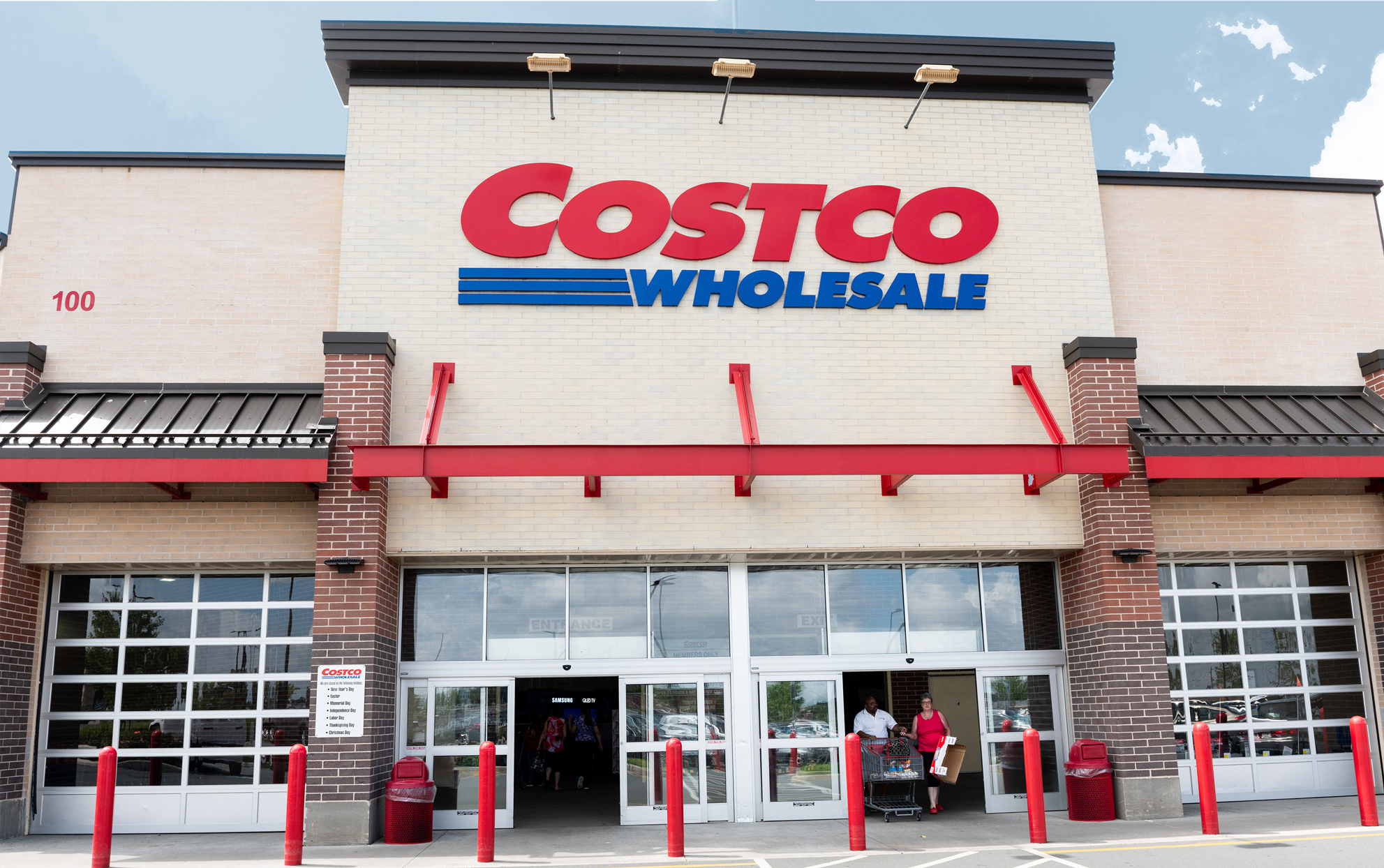 As the Coronavirus Steadily Continues, Costco Is Cutting Back on Special Operating Hours for Those at High-Risk