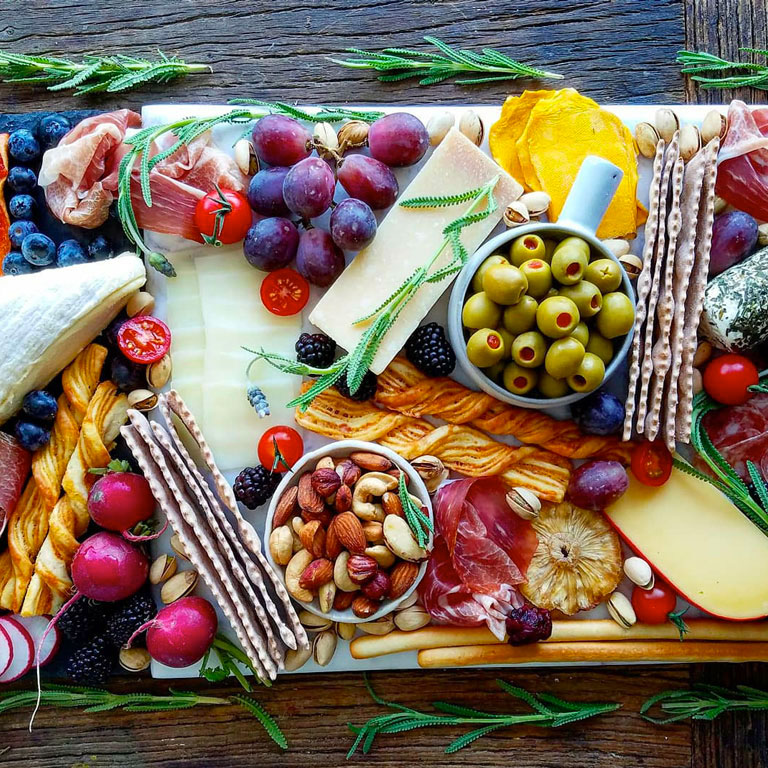 How to Make the Perfect Summer Appetizer Board at Home