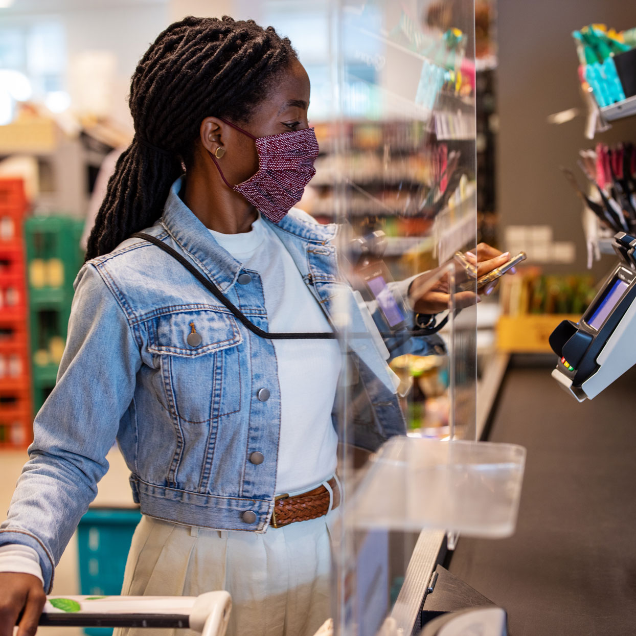 4 Ways to Save Money on Groceries in 5 Minutes