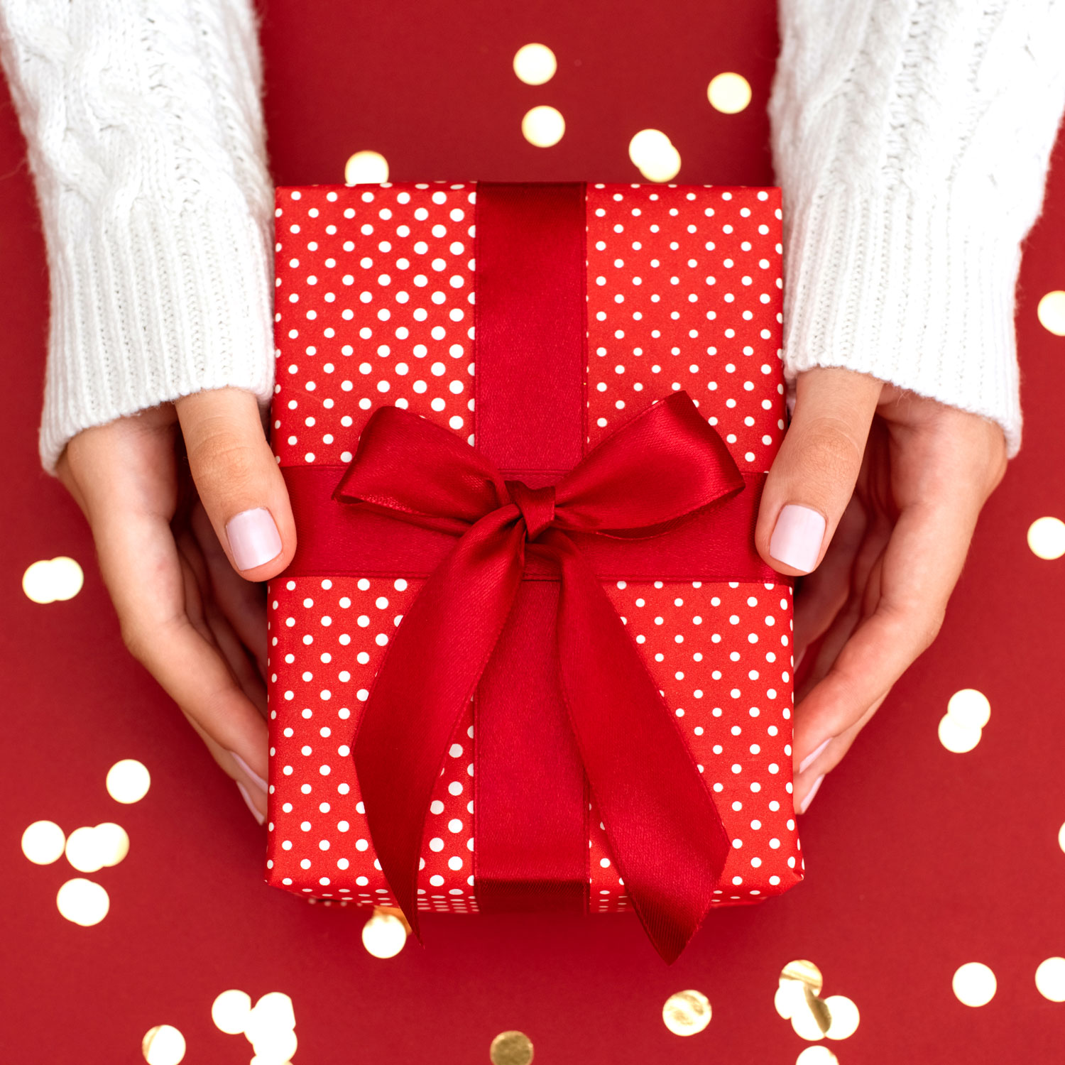 The Gift I'm Giving Everyone This Year Is Under $15—and Totally Customizable