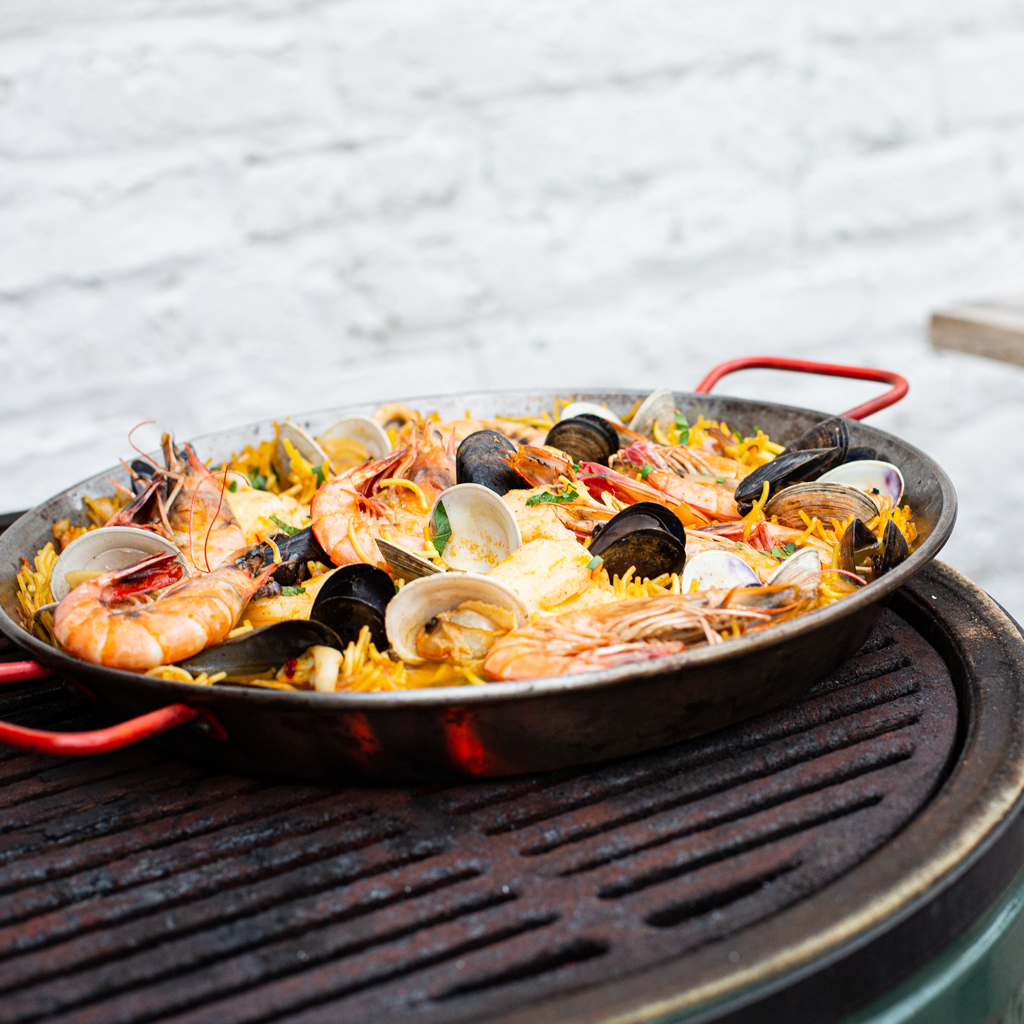 Fideuà de Marisco (Grilled Pasta with Seafood) Recipe   EatingWell