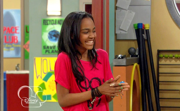 Disney Channel S A N T Farm China Anne Mcclain Talks Season 3 Ew Com