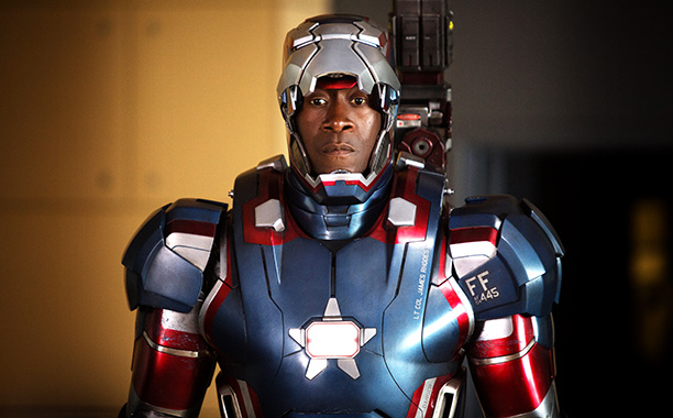 Don Cheadle's 'Iron Man 3' costume torture, inside Lea Michele's new home, and more | EW.com