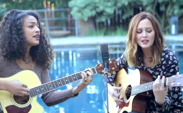 Leighton Meester and Dana Williams cover Fleetwood Mac | EW.com