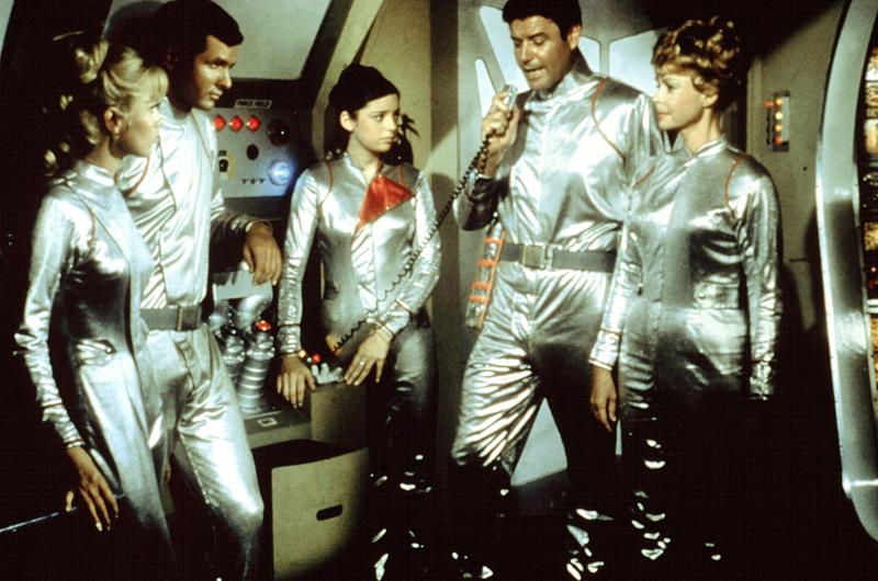 Netflix Remake Lost In Space In Development Ew Com