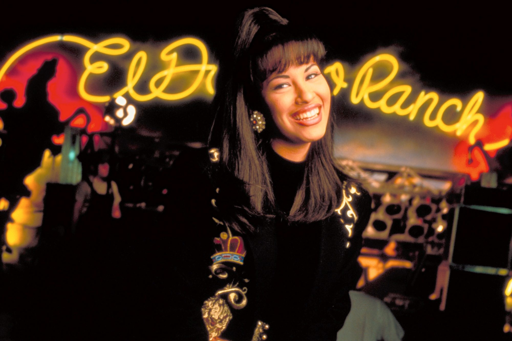 Rare Video Of Selena Quintanilla Singing Bidi Bidi Bom Bom In English Has Surfaced Ew Com
