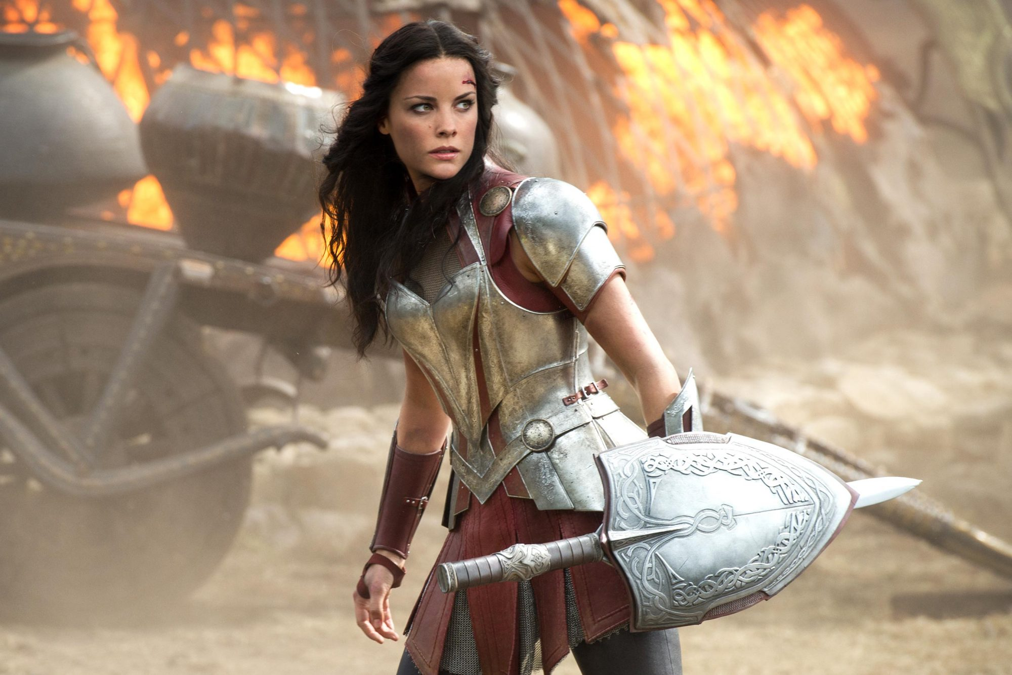 Thor: Ragnarok: Jaimie Alexander explains why Sif is missing | EW.com