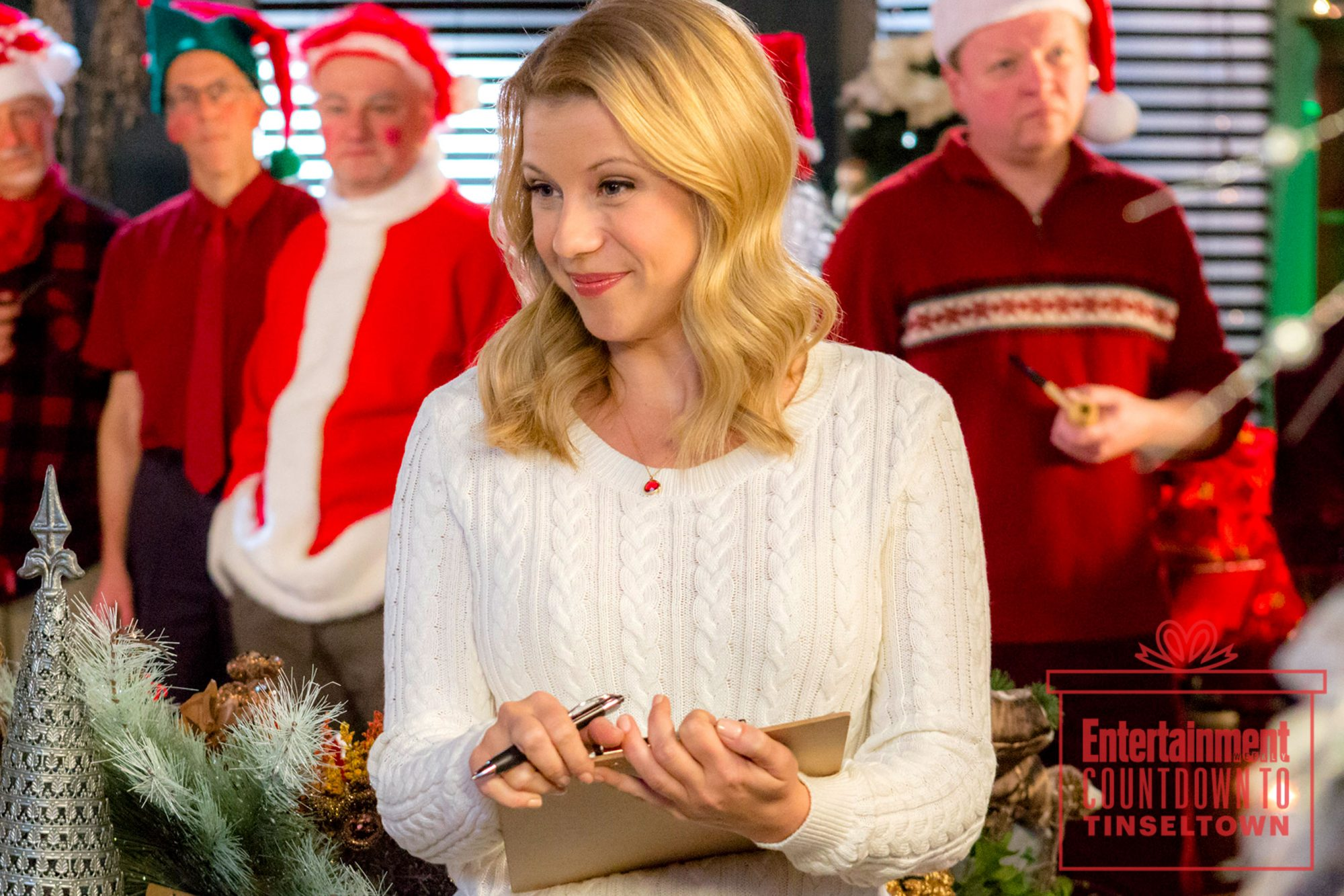 Hallmark Christmas Movies What It S Like To Write A Holiday Hit Ew Com