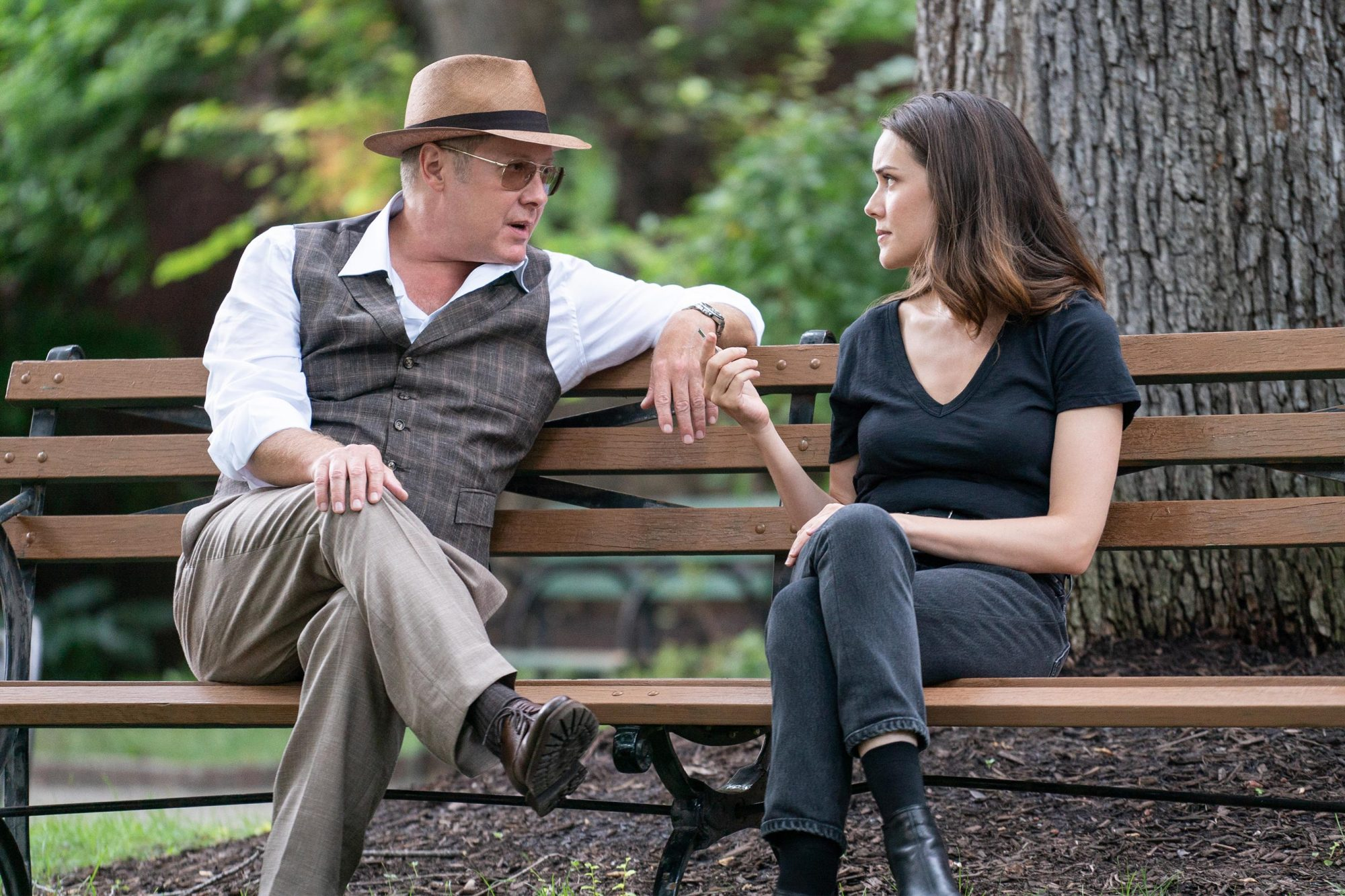 The Blacklist Season 6 Episode 1 Ew Com