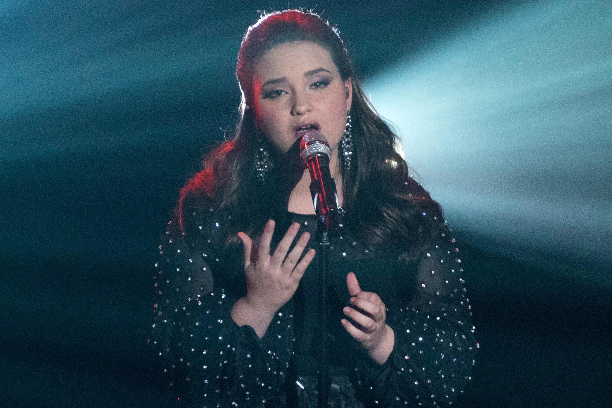 American Idol Recap Season 17 Episode 18 Ew Com