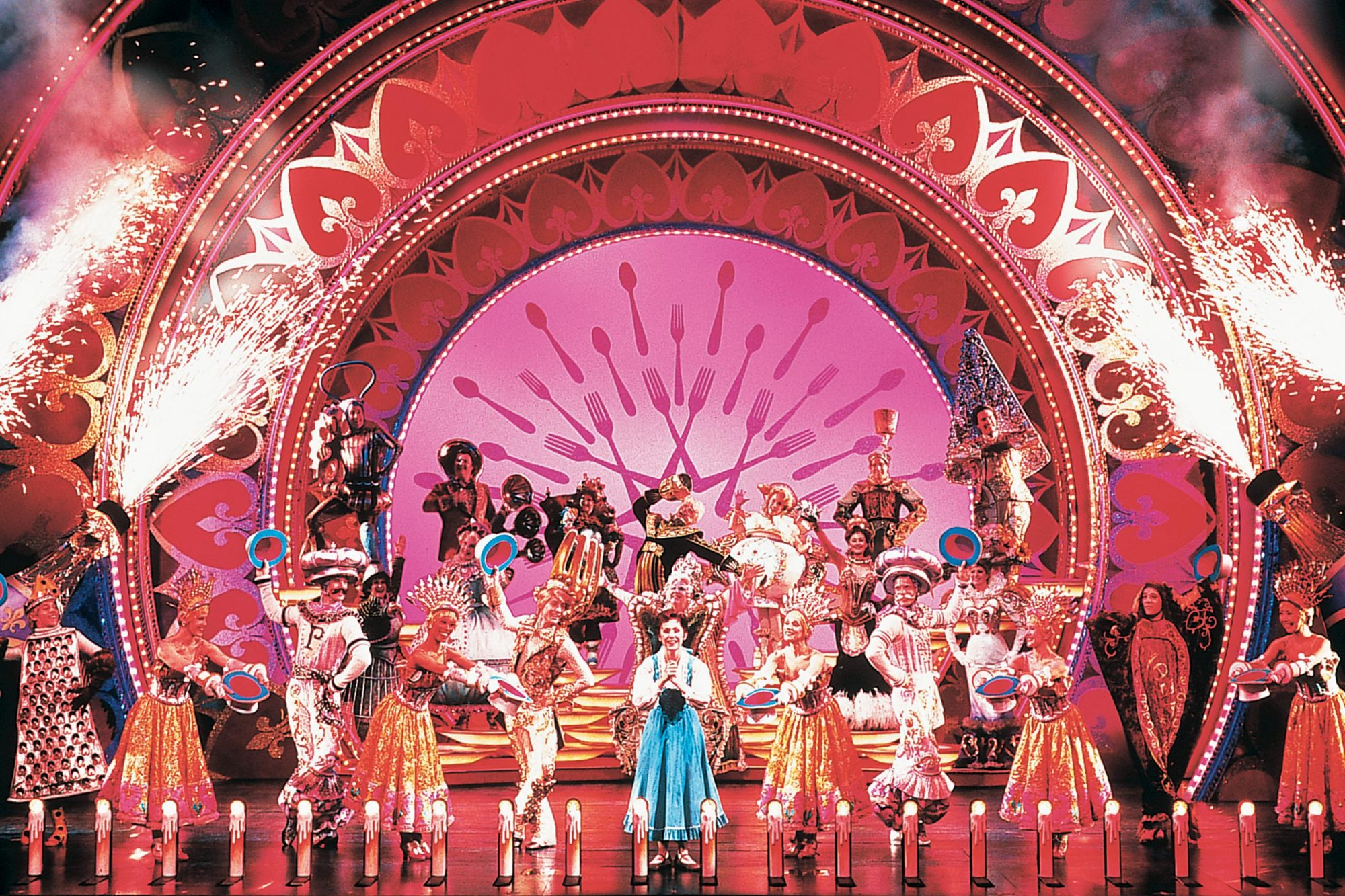 How Beauty And The Beast Caught Fire On Broadway 25 Years Ago Ew Com