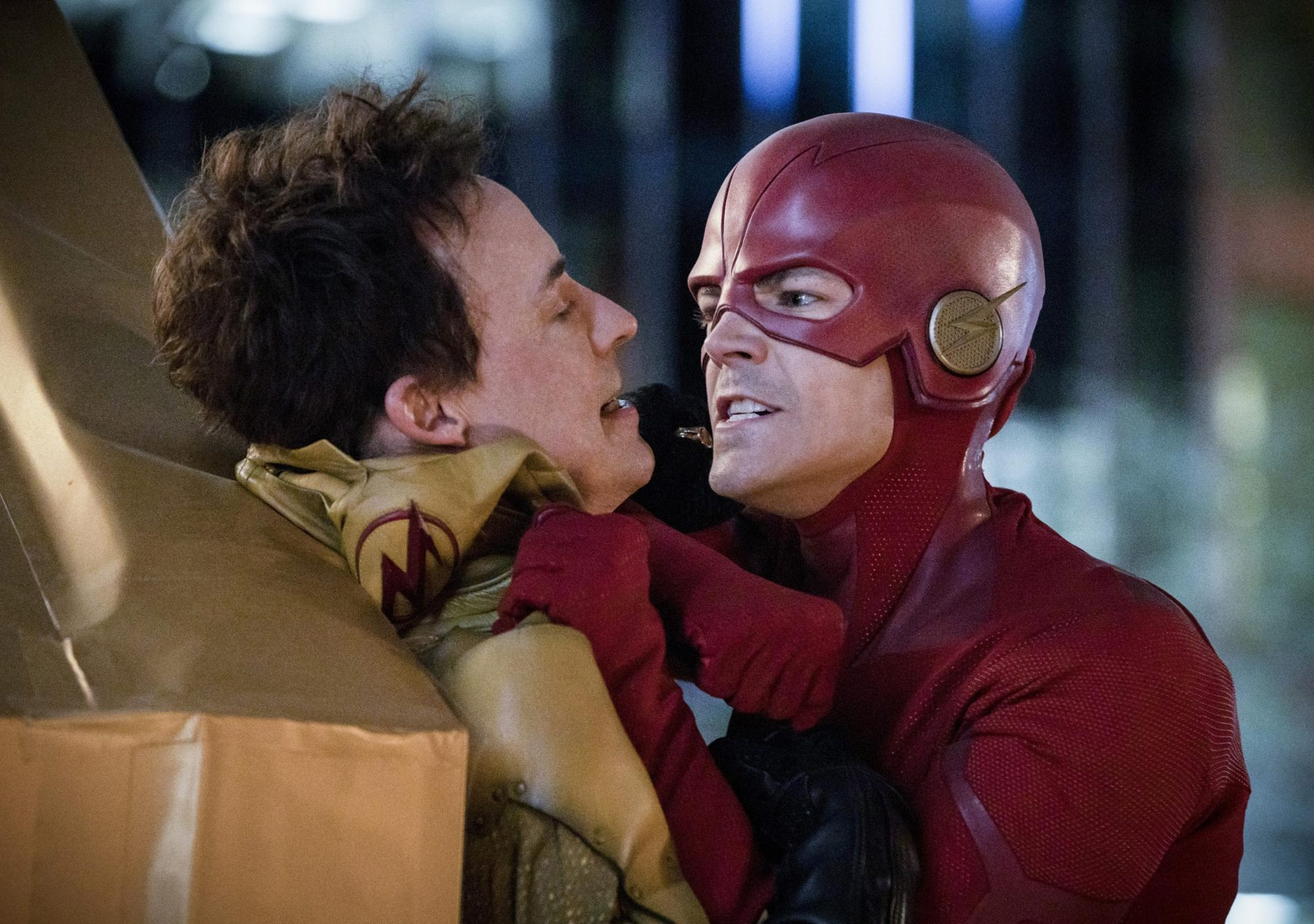 The Flash Finale Recap Season 5 Episode 22 Ew Com